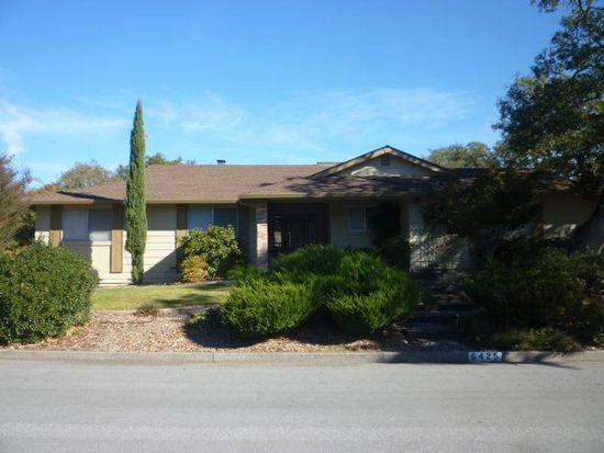 6425 Meadowridge Dr, Santa Rosa, CA 95409