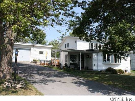 9886 County Route 125, Chaumont, NY 13622