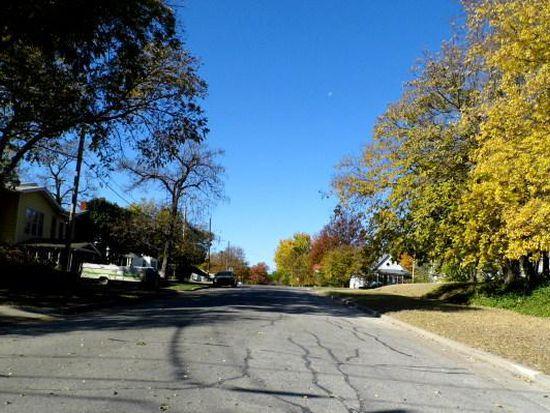 125 W Cleveland Ave, Sapulpa, OK 74066