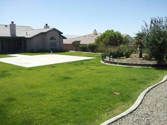 16264 Ridge View Dr, Apple Valley, CA 92307