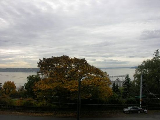 684 W Olympic Pl APT 5, Seattle, WA 98119
