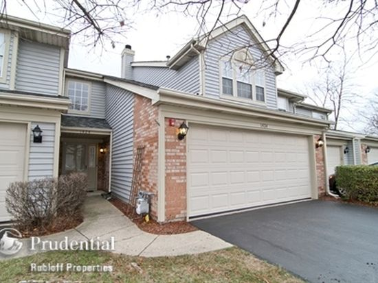 1424 Clubhouse Ct, Glendale Heights, IL 60139