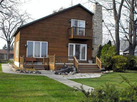 N8065 Cottage Ln, Fond Du Lac, WI 54937