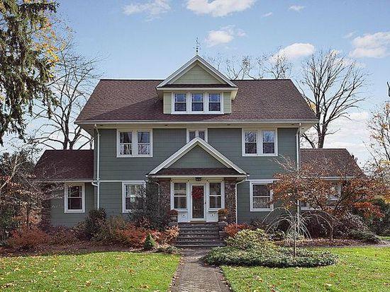 169 Cottage Pl, Ridgewood, NJ 07450
