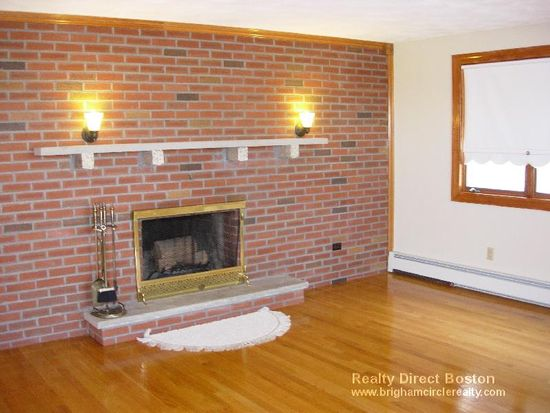 182 Kittredge St # 2, Boston, MA 02131