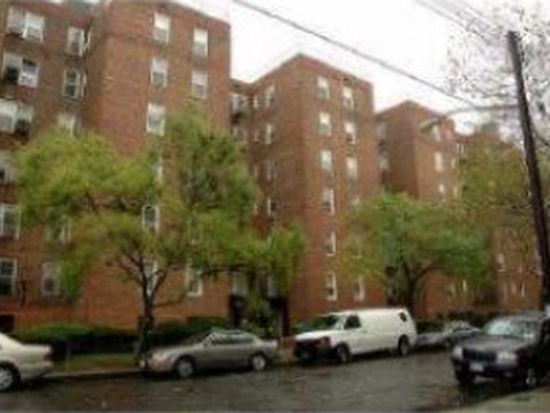 2461 E 29th St APT 6J, Brooklyn, NY 11235