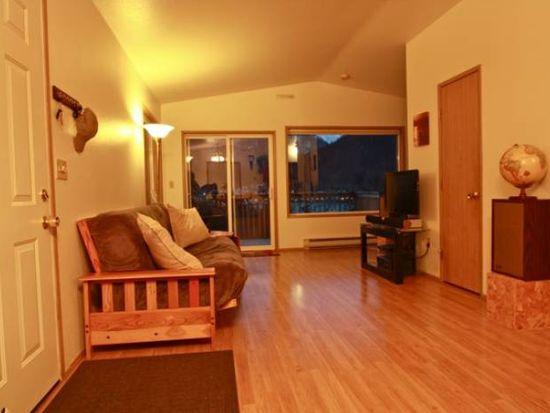 2905 Simpson Ave, Juneau, AK 99801