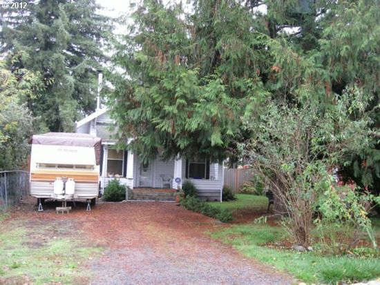 405 Kennel St, Molalla, OR 97038