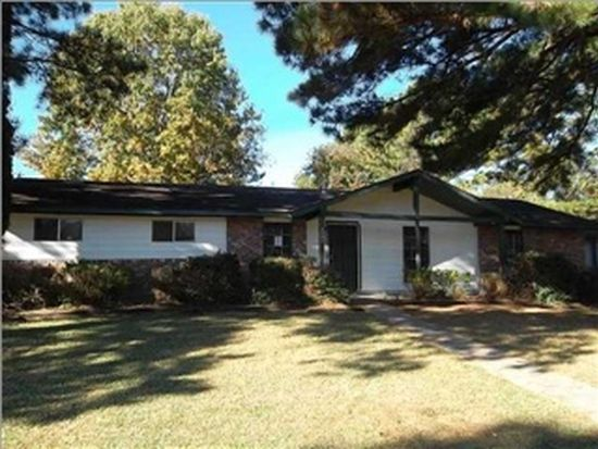 6623 Lake Forest Dr, Jackson, MS 39213