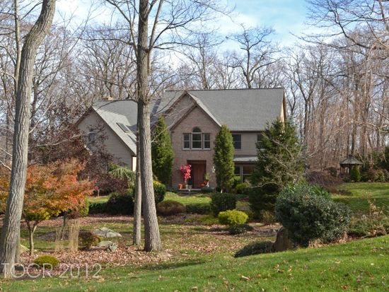 36 Pheasant Run, Kinnelon, NJ 07405