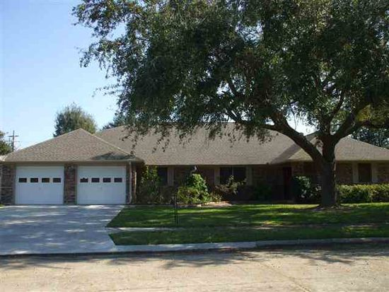 2709 Ruth Ln, Port Neches, TX 77651