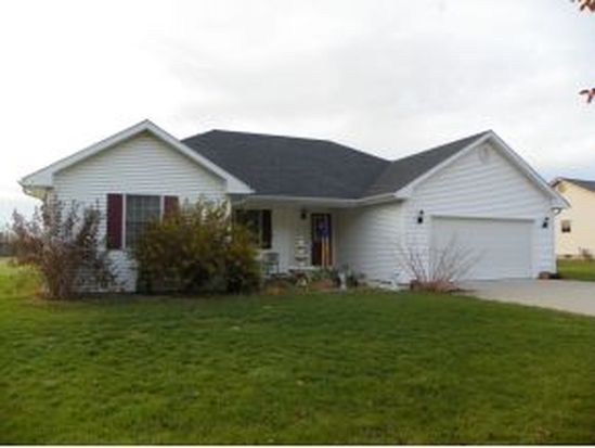 156 Chad Ln, Versailles, IN 47042