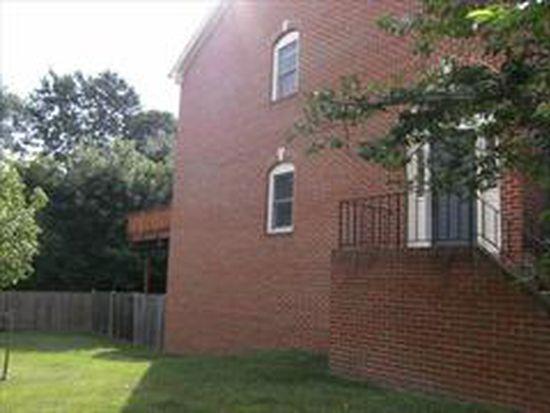 1529 Templeton Pl, Rockville, MD 20852