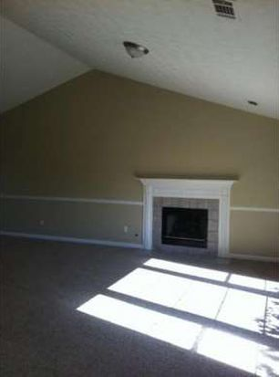 3234 Shady Woods Cir, Lawrenceville, GA 30044