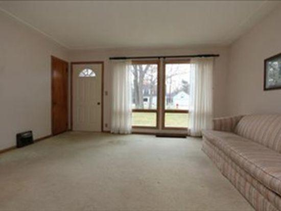 2325 Valentine Blvd NE, Grand Rapids, MI 49525