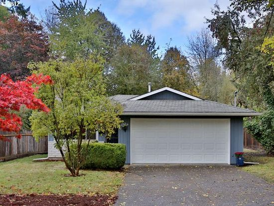 8329 SW 33rd Ave, Portland, OR 97219