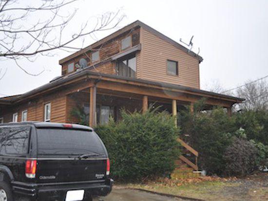 785 Cumberland Hill Rd, Woonsocket, RI 02895