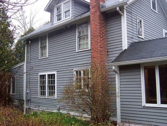 22 Cove Rd, Lyme, CT 06371