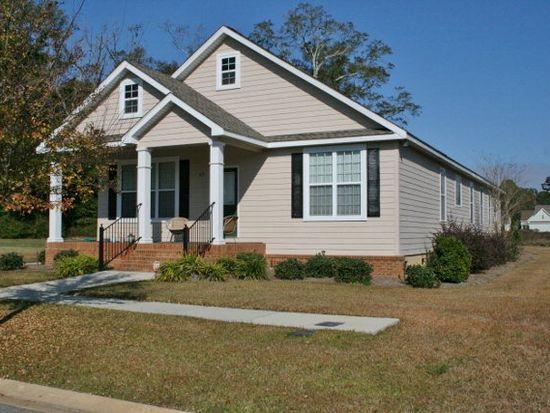 102 Whispering Pines Ct, Thomasville, GA 31792