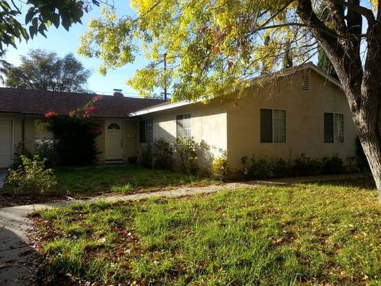 7529 Royer Ave, West Hills, CA 91307