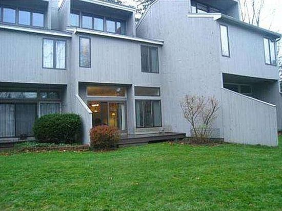 65 Mill Pond, North Andover, MA 01845