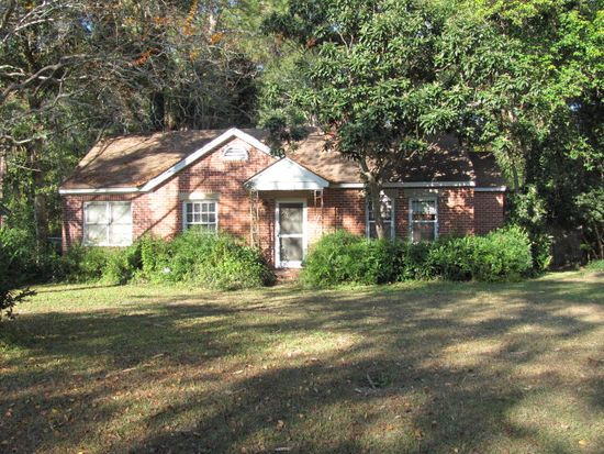 1183 4th St SW, Moultrie, GA 31768