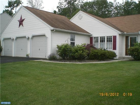 303 W Morlatton Rd, Douglassville, PA 19518