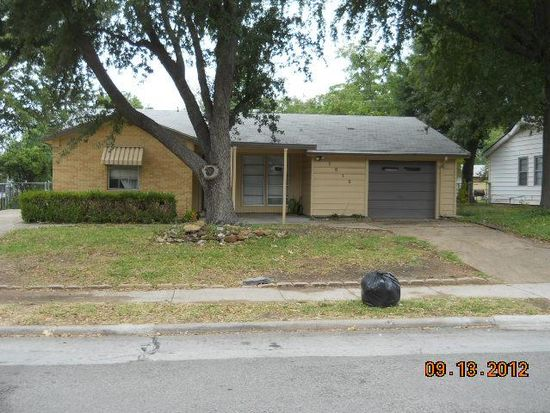 1810 Finley Rd, Irving, TX 75062