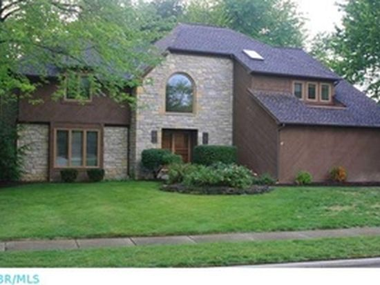 1235 Three Forks Dr N, Westerville, OH 43081