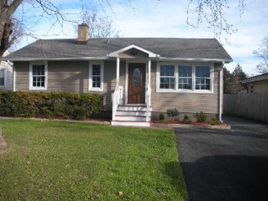 371 Oak Ave, Wood Dale, IL 60191