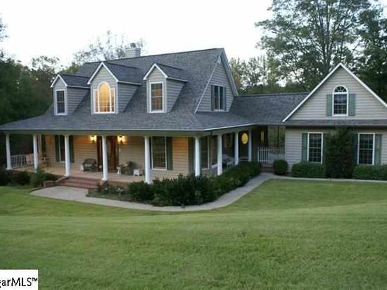 12 Tanglewood Dr, Greenville, SC 29611