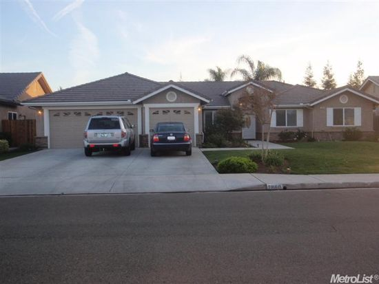 2860 Holland Ave, Clovis, CA 93611