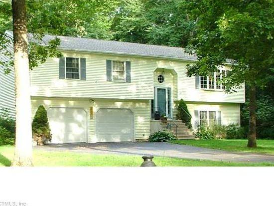 83 Ridgewood Dr, Colchester, CT 06415