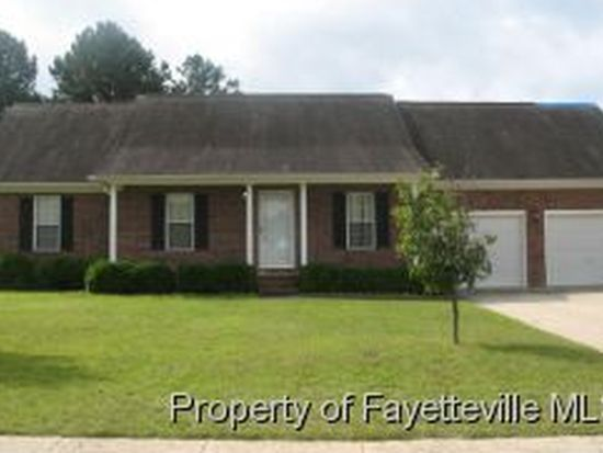 109 Two Hours Ct, Raeford, NC 28376