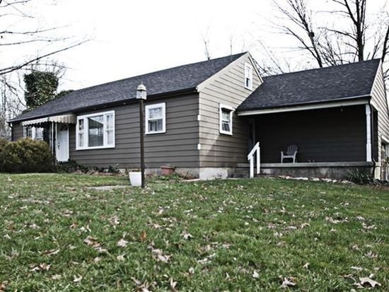 1318 Hanes Rd, Beavercreek, OH 45434