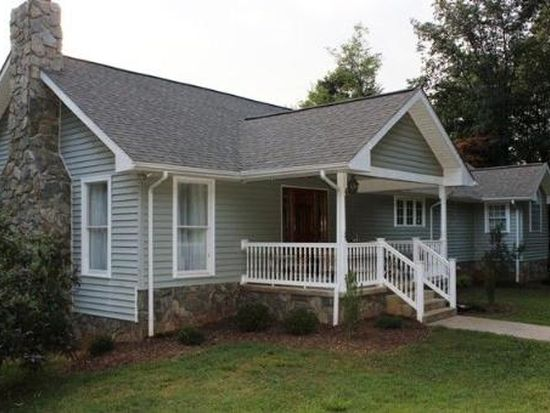 1949 Old Forge Rd, Callaway, VA 24067