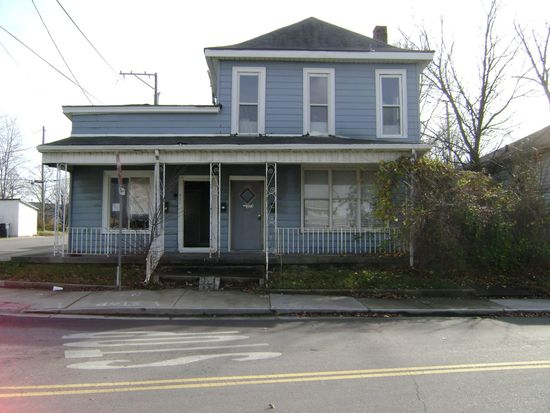 2036 E Market St, New Albany, IN 47150