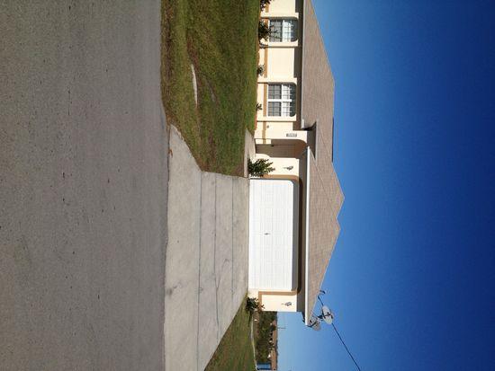 2906 66th St W, Lehigh Acres, FL 33971