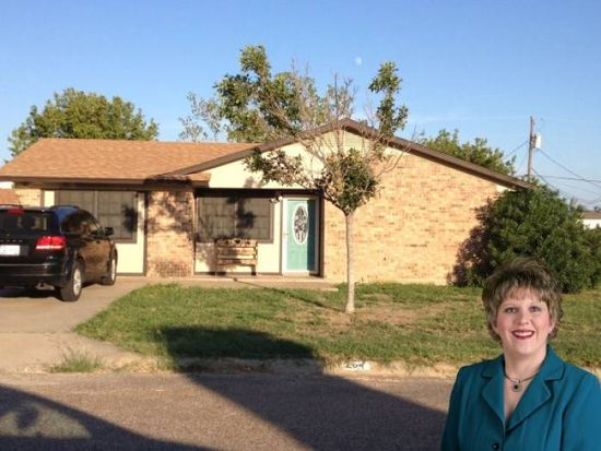 204 Valley View Dr, Gatesville, TX 76528