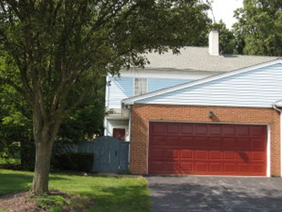 228 Winding Hill Dr, Lancaster, PA 17601