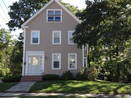 53 Orchard St, Leominster, MA 01453