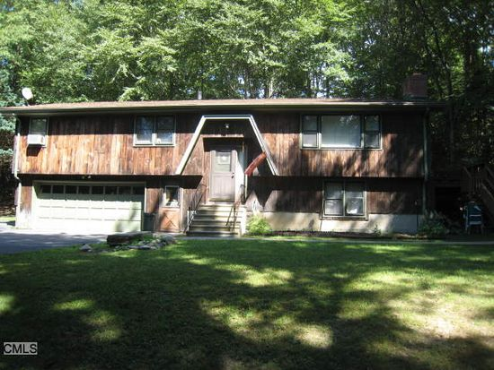 58 Rugby Rd, Shelton, CT 06484