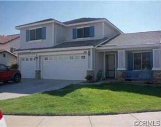 13504 Jennifer Ln, Yucaipa, CA 92399