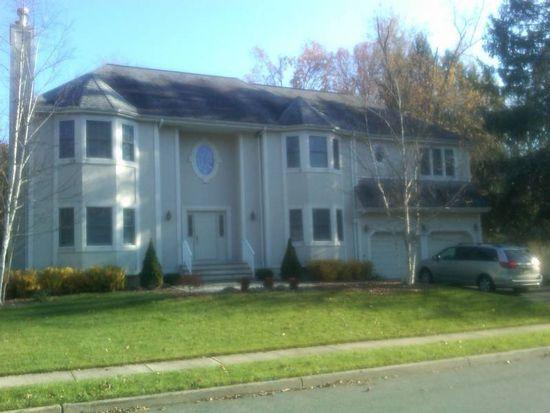 17 Henmar Dr, Closter, NJ 07624