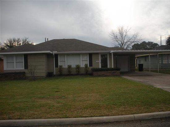 4531 Boyd Ave, Groves, TX 77619