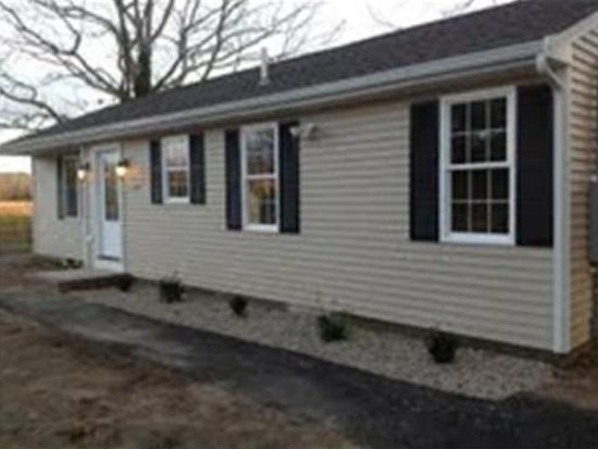 271 Flag Swamp Rd, Dartmouth, MA 02747