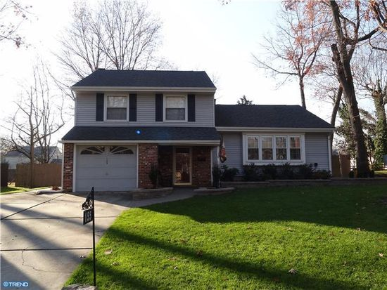 155 Oxford Rd, Delran, NJ 08075