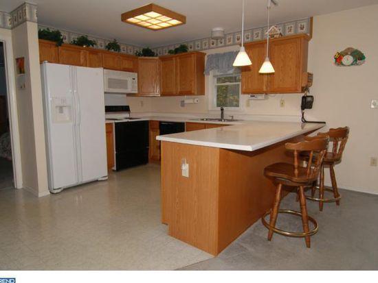 336 Hartz Rd, Fleetwood, PA 19522