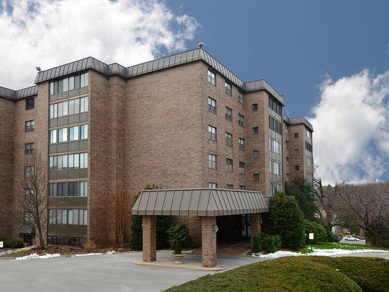 930 Montgomery Ave APT 210, Bryn Mawr, PA 19010