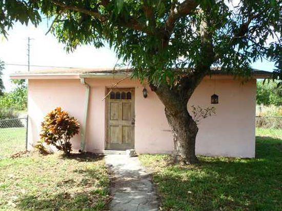 2413 SE Washington St, Stuart, FL 34997